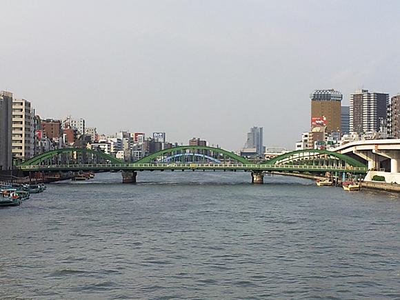 蔵前橋から望む厩橋