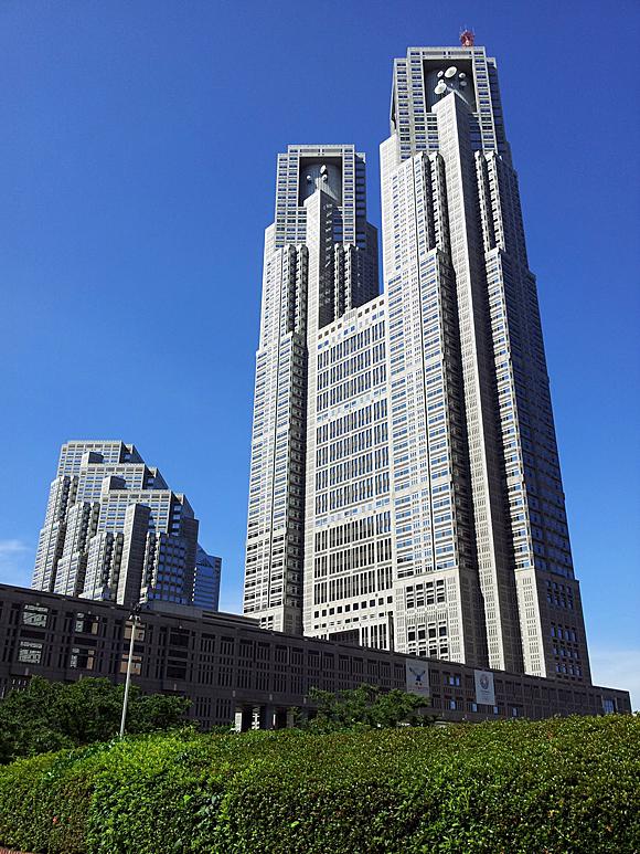 東京都庁第一本庁舎と第二本庁舎